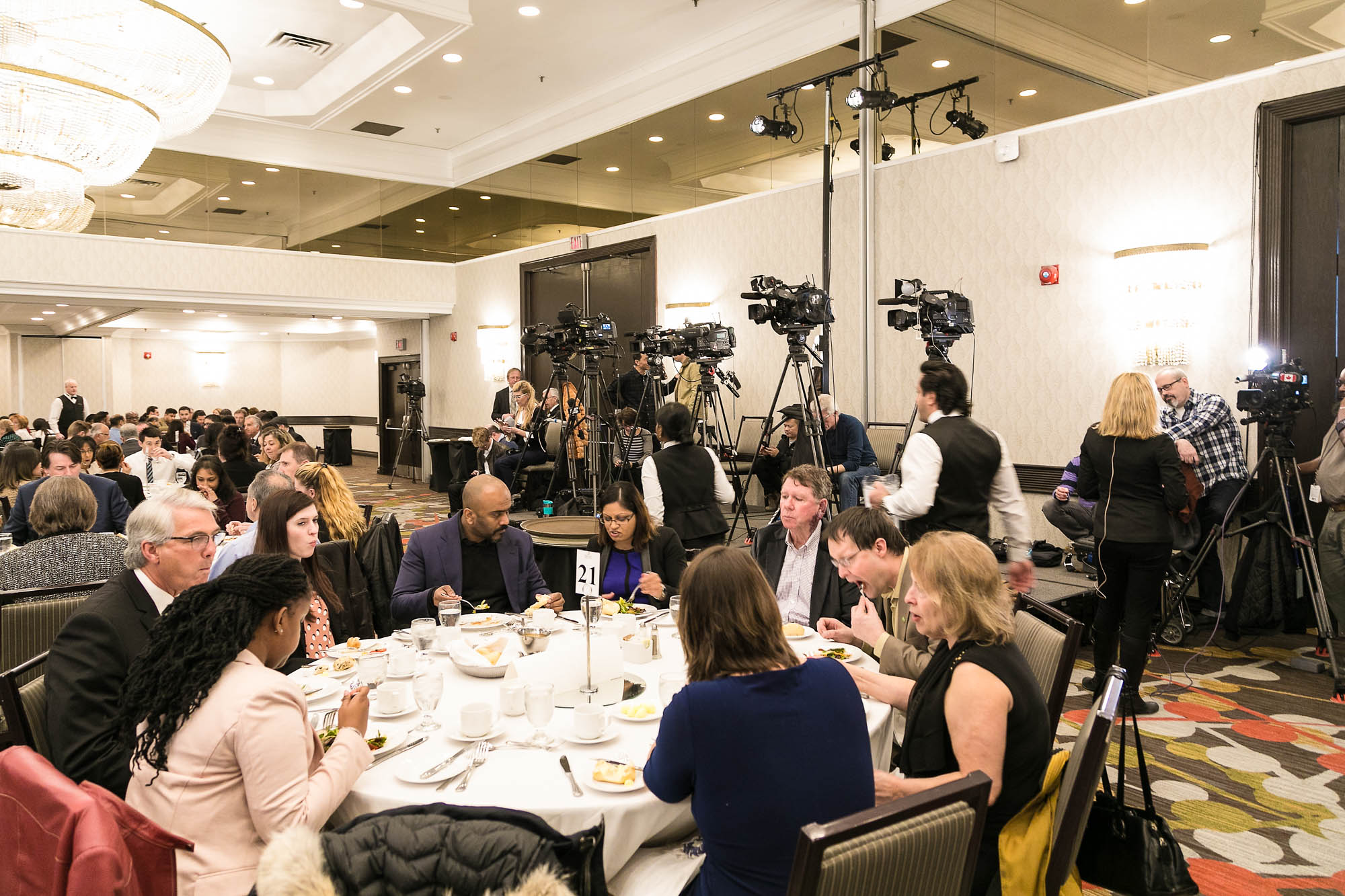 view of dining room, Toronto Delta East hotel during Scarborough Business Assocation Lunch with Toronto Mayor John Tory