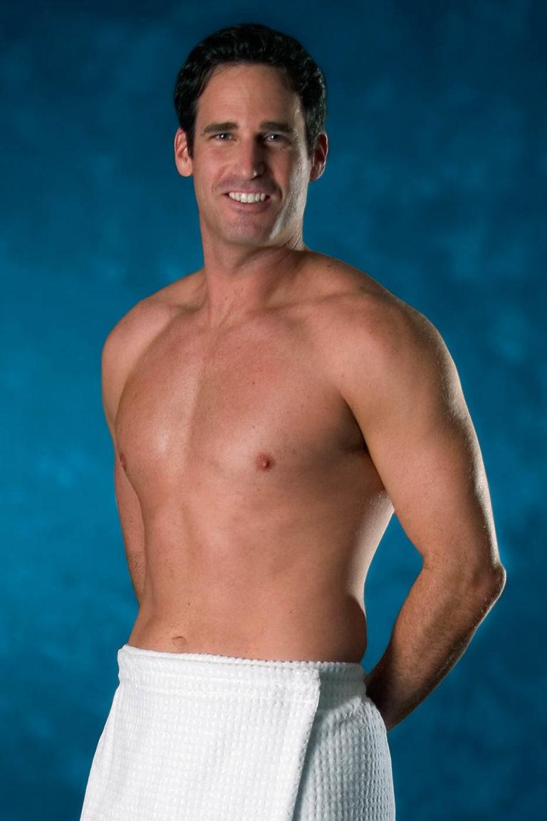 male model wearing spa apparel