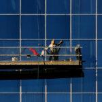 building window washer