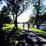 couple cycling Toronto Islands